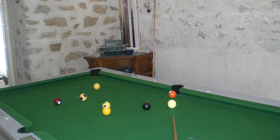 The billard room in Le Dolmen